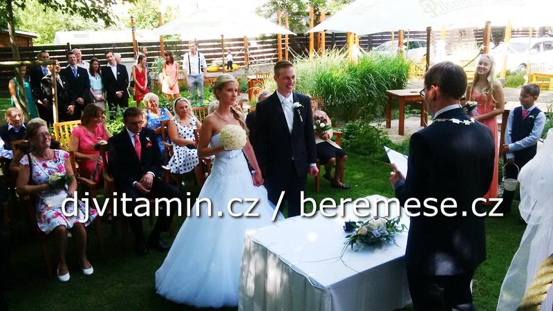 hudba svatba villa tropez