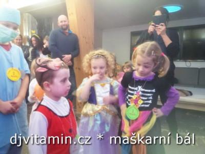 Dětský maškarní ples Centrum Caolinum Nevřeň